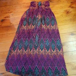 Xhilaration maxi printed dress with shirred top